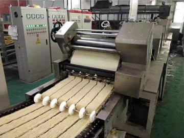 Fried instant noodle making machine noodle production line
